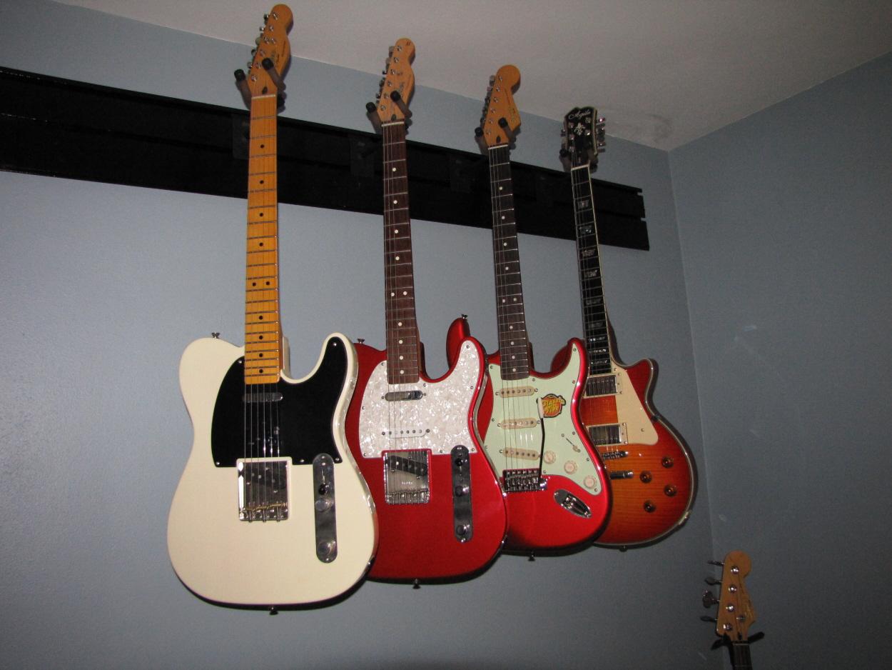 Wall Guitar Hanger